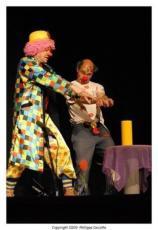 thumb_clowns-zig-zag_351649